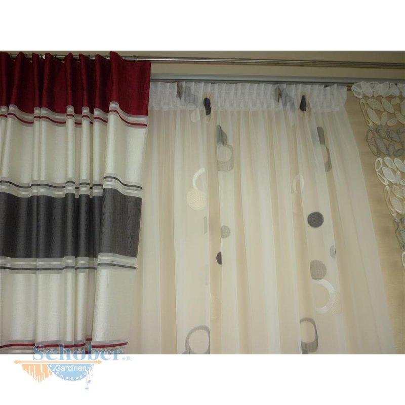 gardinen n hservice n hen eines stores mit bleiband ma szl. Black Bedroom Furniture Sets. Home Design Ideas