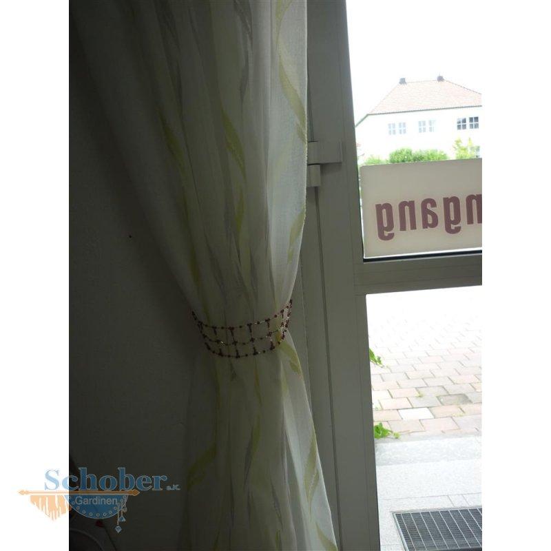 raffhalter kette mit perlen lila auf draht abverkauf 6 95. Black Bedroom Furniture Sets. Home Design Ideas